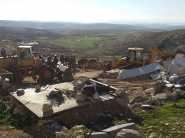 Hebron – Yatta – Israeli Forces Demolish Number of Houses Belonging to Palestinian Civilians.