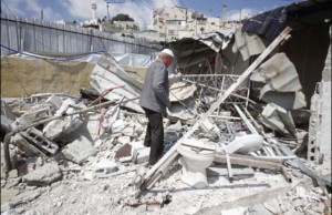 Jerusalem – Israeli Forces Demolish Commercial Store Belonging to Khader Ebeidat in al-Mukaber Mount.