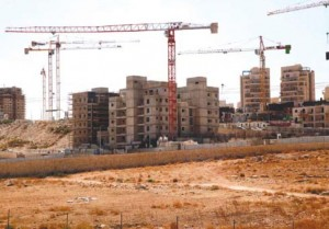 Jerusalem: Construction Works Ongoing in Abu Ghunaim Mount Settlement Photo by: Mohammed Elayan