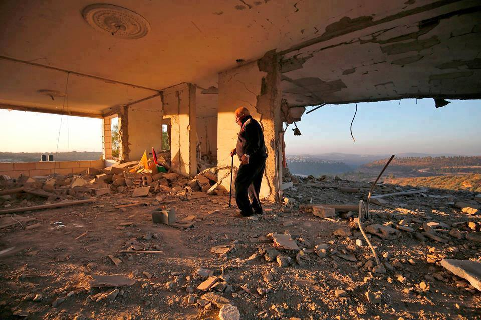 A house belonging to the family of Nemer al-Jamal was blown up in Beit Sorik village