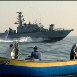 Continue to Chase Fishermen in Gaza Sea, Israeli Naval Forces Arrest 2 Fishermen and Confiscate Fishing Boat in Northern Gaza Strip