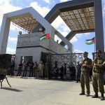PCHR Calls for Returning Palestinian Authority's Employees to Rafah Crossing